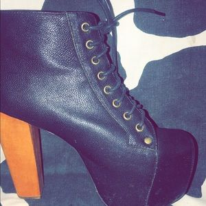 Jeffrey Campbell's woman's boots in black